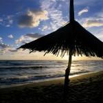 Ada Bojana suncobran na nudističkoj plaži